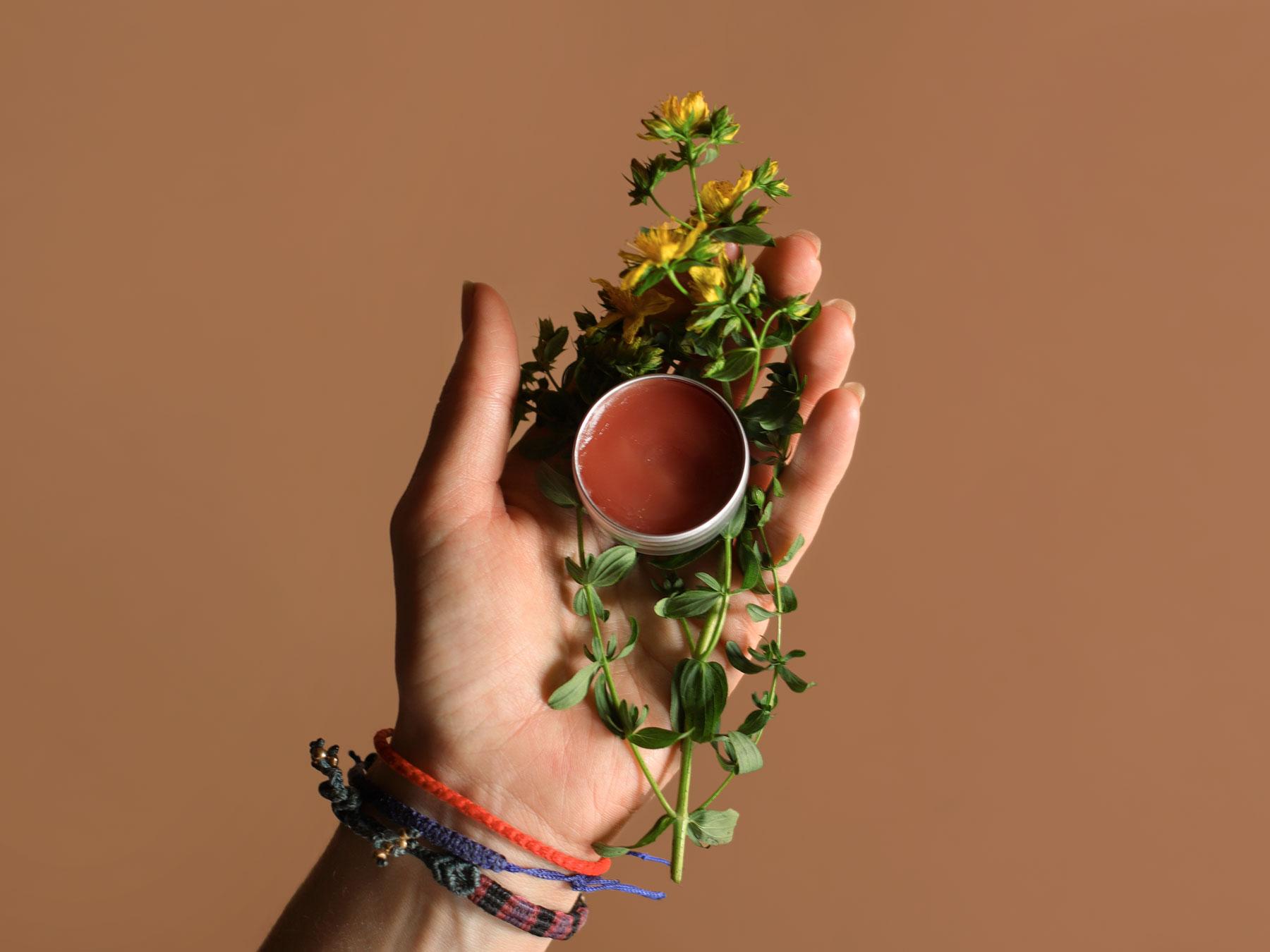 Johanniskraut-Lippenbalsam